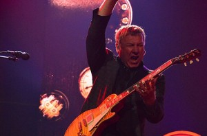 rush-alex-lifeson-billboard-650