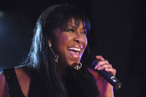 Natalie-Cole-2005-MS-Fundraiser-Performance-Billboard-650