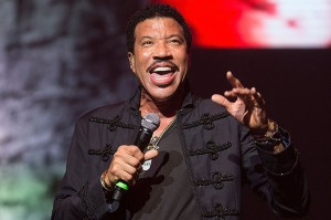 lionel-richie-ACL-2015-billboard-650